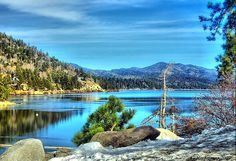 Big Bear Lake, CA - never thought that a place in sunny California could have such a wintery feel to it