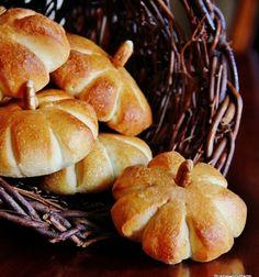 Simple pumpkin rolls - easy fall dessert // Egyszerű tök formájú sós vagy édes sütemények // Mindy - craft tutorial collection