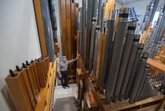 Pipe Dream: Grand Rapids house with massive 3,200-pipe church organ waiting for new owner | MLive.com