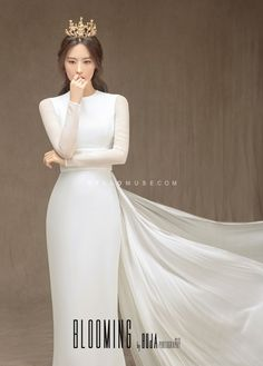 Wedding Girl, Dream Wedding, Christian Wedding Dress, Korean Wedding Photography, Bridal Pictures, Pre Wedding Photoshoot, Wedding Dress Styles, Bridal Style, Marie