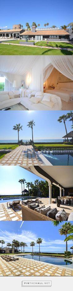 Living in a frontline beach villa in Los Monteros, Marbella!