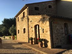 Umbria Italy, B & B, Trip Advisor, Brick, In This Moment, Mansions, House Styles, Building, Places
