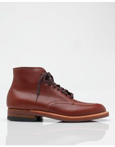 b2d10a3c06d4 Authentic work boot from Alden in Brown. Made on the Alden Tru-Balance Com