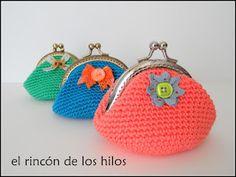 Monederos de crochet                                                       …