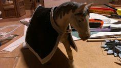 """Im Bau: ..der Reitstall/Pferdestall """"öhm...Deluxe?...grins"""".. für meine Nichte zu Weihnachten - Bauberichte - Das Wettringer Modellbauforum Toy Horse Stable, Horse Stables, Freundlich, Horses, Horseback Riding, Christmas, Horse Barns, Run In Shed, Horse"""