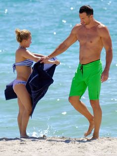 Pin for Later: Hayden Panettiere Shows Her Baby Bump in a Bikini!