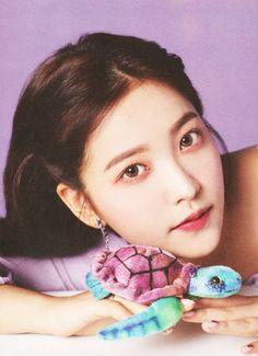 Seulgi, Kpop Girl Groups, Korean Girl Groups, Kpop Girls, Park Sooyoung, Red Velvet Photoshoot, Velvet Wallpaper, Kim Yerim, South Korean Girls