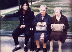 Have no idea what this is, but Michael's sitting with 2 little old ladies! How cute is this!