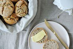 Scones - glutenfreies Sonntags-Gebäck und ein Jahres-Ausblick! Scones, Camembert Cheese, Dairy, Snacks, Healthy, Glutenfree, Food Food, Vegans, Bread