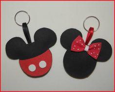 Essas lembrancinhas são um charme para festas com tema da Minnie ou Mickey! São fofinhas e podem ser feitas na versão chaveiro ou imã.  Já vão embaladinhos e com tag personalizado! R$ 2,20