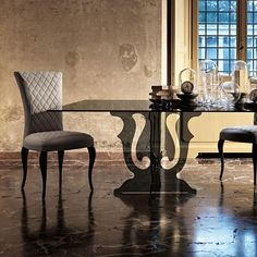 The Veblén Venice Dining Table is designed by Marzia & Leonardo Dainelli and is available from We have the full collection of available with free UK delivery, installation & price guarantee. Kitchen Dining, Dining Room, Luxury Dining Tables, Venice, Room Decor, Glass, Furniture, Home, Design