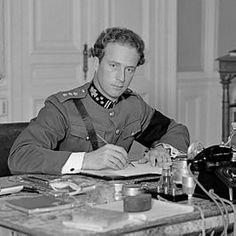 Leopold Filips Karel Albert Meinrad Hubertus Maria Miguel (Brussel, 3 november 1901 - Sint-Lambrechts-Woluwe, 25 september 1983) regeerde als koning der Belgen van 1934, na de dood van zijn vader koning Albert I van België, tot 1951, toen hij na de koningskwestie troonsafstand deed ten gunste van de kroonprins, zijn oudste zoon Boudewijn