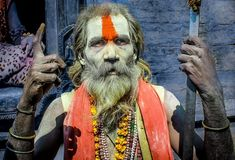 A hindu filozófia szerint ezt a 7 dolgot mindenképp titokban kell tartani! Sanskrit, 10 Interesting Facts, Frankincense Uses, Valentine Day Wreaths, Valentines, Varanasi, Guy Pictures, Man Photo, Spiritual Awakening
