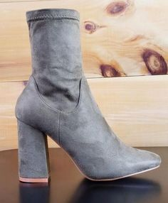 eeb812e3fe2e Cape Robbin Olive Green Fabric Ankle Boot 3.5