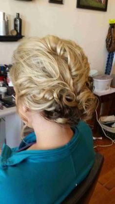 #wedding #updo #prom #hair by @kaylynnrose09 www.styleseat.com/kaylynnhosch
