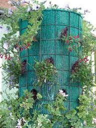 """Képtalálat a következőre: """"függő virágtartó házilag"""" Outdoor Structures"""