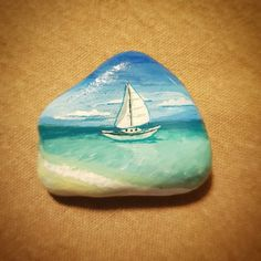 #sea #yachtc #paintings #paintstone #stone #stoneart #stonepainting #boyama #blue #summer #resim #akrilik #art Reposted Via @stones_and_dreams