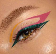 Eye Makeup Art, Skin Makeup, Makeup Inspo, Makeup Inspiration, Graphic Eyes, Graphic Eyeliner, Latest Makeup, Aesthetic Makeup, Creative Makeup