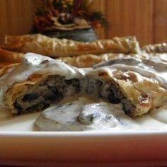 Húsos burek | Nosalty Pizza, Chicken, Meat, Food, Hoods, Meals, Kai