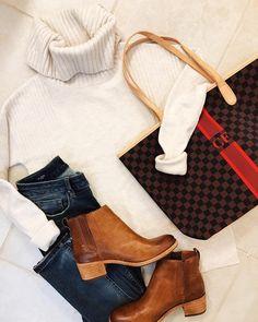 Sugarplum Style, Vol. Barrington Bag, Barrington Gifts, Spring Summer Fashion, Autumn Winter Fashion, Fashion Fall, Winter Style, Fall Winter, Louis Vuitton Accessories, Casual Winter Outfits