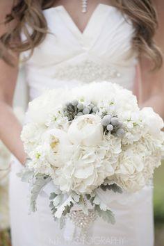 white bouquet, peonies, hydrangeas, dusty miler, KLK Photography…