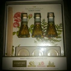 BNWT ~ Yankee Candle Comfort Reed Diffuser BNWT ~ Yankee Candle,  COMFORT -Reed Diffuser blending kit.  Relaxing Rituals. Made by Yankee Candle,  3 Essential Oils made to use & make you feel cozy. Makes a Great gift... for anyone, Even Yourself :-)!! Yankee Candle  Other