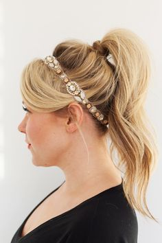 3 Holiday Hair Styles To Try | theglitterguide.com