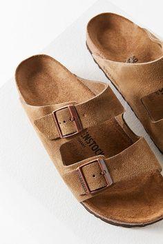 b7a75e64226c Birkenstock Arizona Classic Sandal