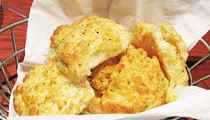 Red Lobster's Cheddar-Bay-Biscuits