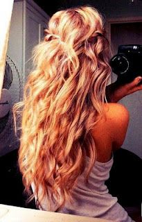 i want my hair to do these curls on their own :/