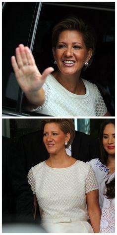 La nueva primera dama de Panamá, Lorena Castillo de Varela, vistió hoy en el acto de transmisión de mando presidencial, un vestido de la diseñadora española Rosa Clará. Lady, Vestidos, First Ladies, Rosa Clara, Castle