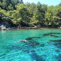 Atın beni denizlere ・・・ Günaydın ozaman bugüne de böyle başlayalım  Işıl ışıl, tertemiz, masmavi www.kucukoteller.com.tr/?utm_content=bufferb0836&utm_medium=social&utm_source=pinterest.com&utm_campaign=buffer @gezginkereviz @instamugla  #sığliman #selimiye Marmaris, Coast, Turkey, River, Outdoor, Beautiful, Outdoors, Turkey Country, Outdoor Games