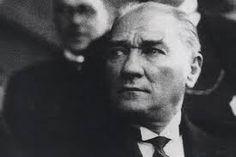 Senelerin tek sayfada toplanmış Atatürk bilgileri içeriği. Dökümanlara http://www.ataturkhakkinda.com yoluyla ulaşın.