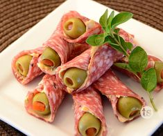 Pizza Cones - Easy appetizers to put together ahead of time for your next gathering.