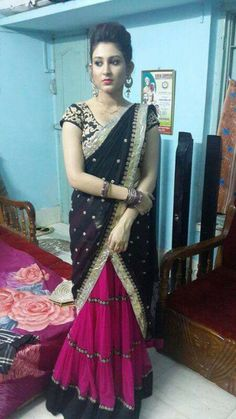 Women's Beauty, Beauty Women, Half Saree, Saree Collection, Atc, Indian Beauty, Desi, Blouses, Actresses