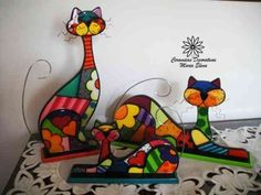Billedresultat for gatos en puntillismo Stained Glass Patterns, Mosaic Patterns, Fused Glass Art, Mosaic Glass, Homemade Art, Glass Animals, Cat Crafts, Polymer Clay Creations, Kids Prints