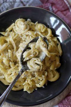 Experimente aus meiner Küche: One Pot Pasta mit Knoblauch-Parmesan-Soße