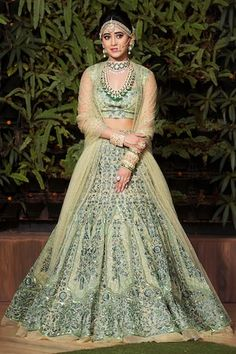 Buy Embroidered Lehenga Set by Reynu Taandon at Aza Fashions Indian Bridal Outfits, Indian Bridal Fashion, Indian Bridal Wear, Indian Designer Outfits, Indian Dresses, Bridal Dresses, Designer Dresses, Lehanga Bridal, Bridal Lehngas