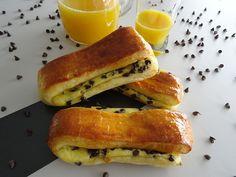 Je sais pas vous mais moi les viennoiseries, j'adore ça :). Brioches, croissants… c'est simple, il n'y a pas une semaine où je n'en fais pas. Cette semaine, j'ai voulu expérimenter une de mes viennoiseries préférées,«la brioche suisse » ou pépito pour les intimes ;). Si il y'a bien un gâteau pour lequel je ne […]