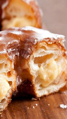Easy Vanilla Pudding Filled Cronuts