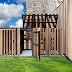 Privacy Fence Designs, Pergola Designs, Wood Fence Gates, House Makeovers, Landscaping Retaining Walls, House Gate Design, Garden Design Plans, Outdoor Privacy, House Entrance