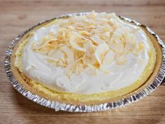 Shortcut Coconut Cream Pie Recipe | Ree Drummond | Food Network No Bake Desserts, Just Desserts, Delicious Desserts, Dessert Recipes, Summer Desserts, Pie Dessert, Eat Dessert First, Pioneer Woman Desserts, Toasted Coconut Chips