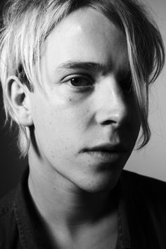 Tom Odell #tom #odell #style #clothes #hair #singer #pop #classic #photography #portrait #cover #magazine #album #piano #blackandwhite #tomodell #pianist