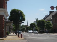 Small Town USA. Beautiful day in downtown Rockingham North Carolina, Harrington Square. Richmond County.