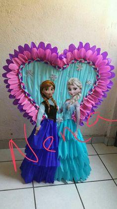 Frozen Theme Party, Frozen Birthday Party, Princess Birthday, Princess Party, Girl Birthday, Birthday Parties, Birthday Pinata, Birthday Party Decorations, Frozen Pinata