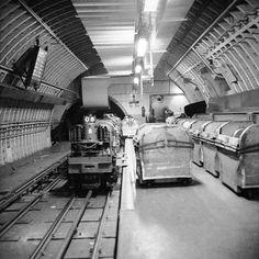 London Post Office Underground Railway at Mount Pleasant, 1965 Vintage London, Old London, North London, London Pictures, Old Pictures, Railway Museum, Mount Pleasant, London Underground, Historical Images