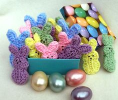 5 crocheted bunnies 5 different pastel colors. Little by fabriq