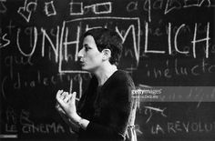 Helene Cixous, Universite de Vincennes in Vincennes castle, France in 1975 - The novelist and the essayist in 1975 in the middle of her students of Paris VIII faculty of which she contributed to the creation. She directs then her reflection to the femininity and the body.