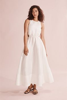 Cut Out Halter Dress Promotional Events, Shoe Size Conversion, Halter Neck, Body Measurements, Dress Making, One Shoulder Wedding Dress, White Dress, Legs, Silk