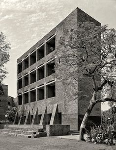 Indian Institute of Management Ahmedabad | Ahmedabad, India | Louis Kahn | photo © Cemal Emden